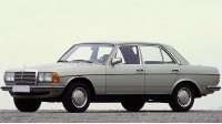 W123, седан, 1976 год